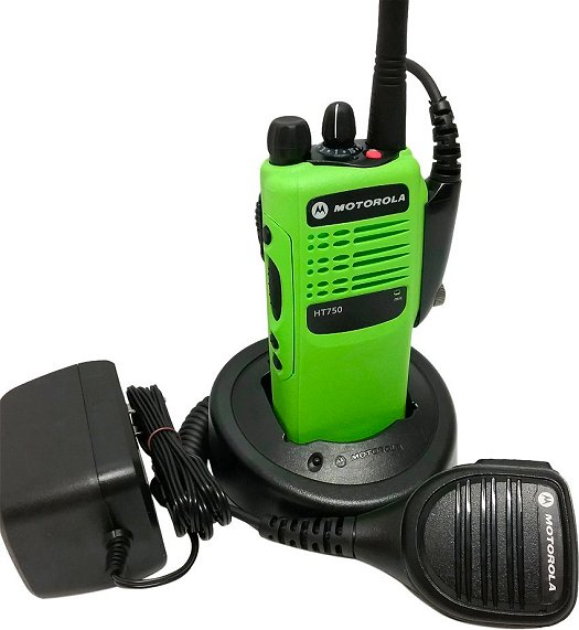 Motorola HT750 VHF Two Way Radio 16-Channel 136-174 MHz Green